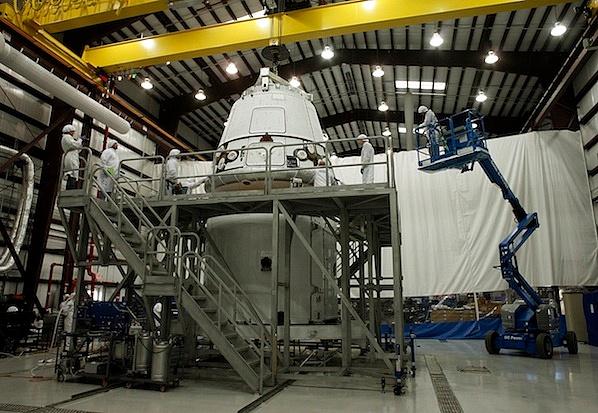 Falcon 9 / Dragon COTS-2: Préparatifs (Lancement le 19.05.2012 ) - Page 2 Sans_443