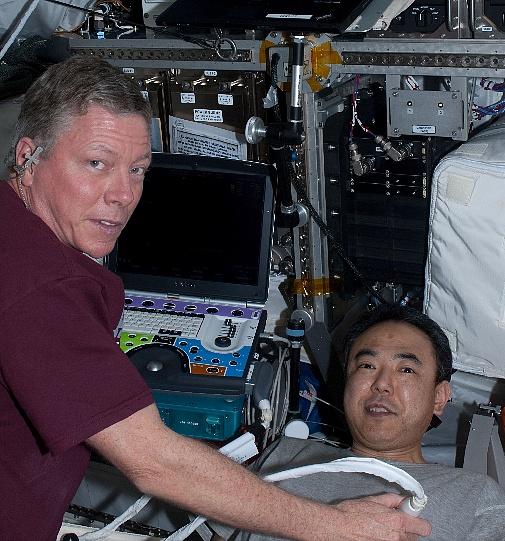 [ISS] Expédition 30: déroulement de la mission - Page 2 Sans_488