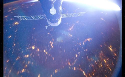 [ISS] Expédition 30: déroulement de la mission - Page 2 Sans_500