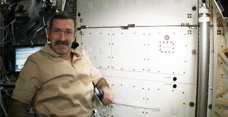 [ISS] Expédition 30: déroulement de la mission - Page 2 Sans_539