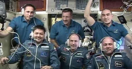 [ISS] Expédition 30: déroulement de la mission - Page 3 Sans_595