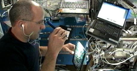 [ISS] Expédition 30: déroulement de la mission - Page 4 Sans_604