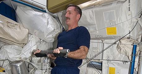 [ISS] Expédition 30: déroulement de la mission - Page 4 Sans_630