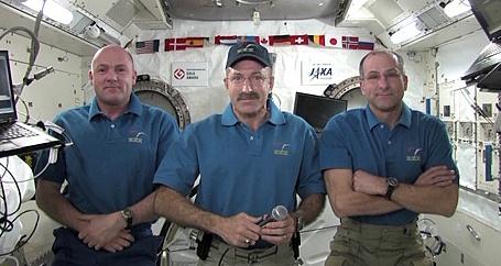 [ISS] Expédition 30: déroulement de la mission - Page 5 Sans_643
