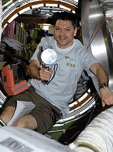 [ISS] Expédition 30: déroulement de la mission - Page 4 Sans_648