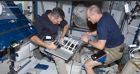 [ISS] Expédition 30: déroulement de la mission - Page 5 Sans_670
