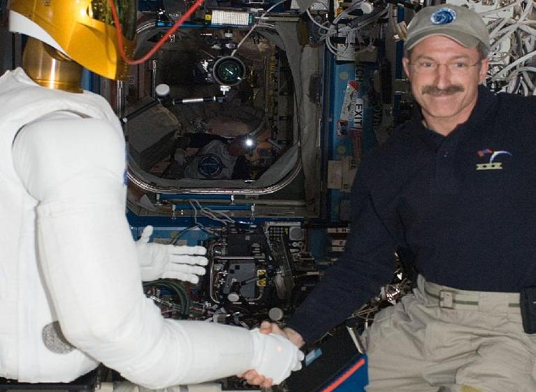 [ISS] Expédition 30: déroulement de la mission - Page 6 Sans_709