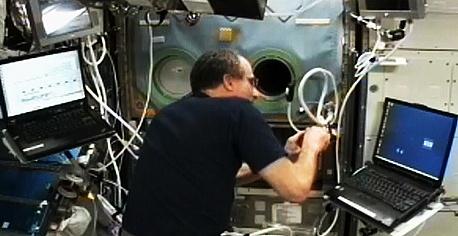[ISS] Expédition 30: déroulement de la mission - Page 6 Sans_728