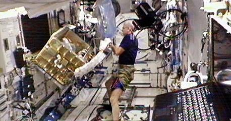 [ISS] Expédition 30: déroulement de la mission - Page 6 Sans_742