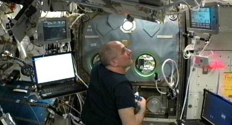 [ISS] Expédition 30: déroulement de la mission - Page 6 Sans_759