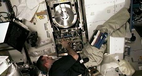 [ISS] Expédition 30: déroulement de la mission - Page 6 Sans_762