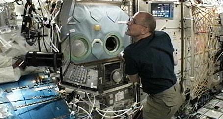 [ISS] Expédition 30: déroulement de la mission - Page 6 Sans_777