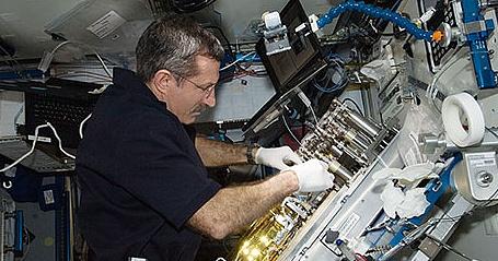 [ISS] Expédition 30: déroulement de la mission - Page 6 Sans_791