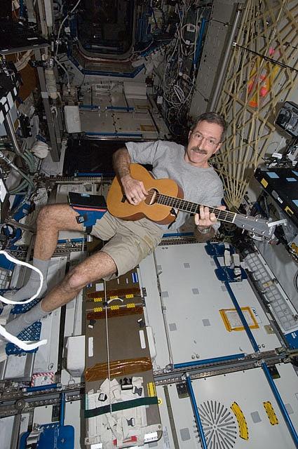 [ISS] Expédition 30: déroulement de la mission - Page 7 Sans_794