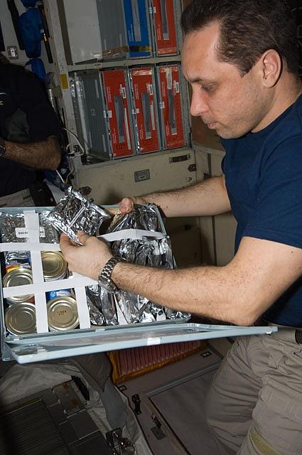 [ISS] Expédition 30: déroulement de la mission - Page 7 Sans_802