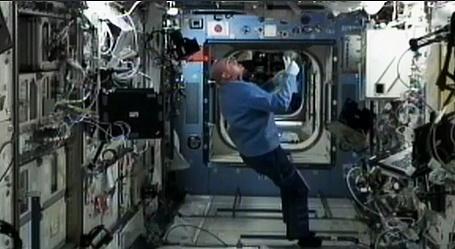 [ISS] Expédition 30: déroulement de la mission - Page 6 Sans_810