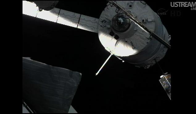 ATV-3: Amarrage, mission et fin de mission Sans_835