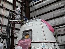 Falcon 9 / Dragon COTS-2: Préparatifs (Lancement le 19.05.2012 ) - Page 6 Sans_842