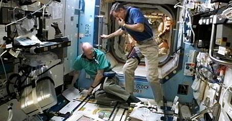 [ISS] Expédition 30: déroulement de la mission - Page 7 Sans_850