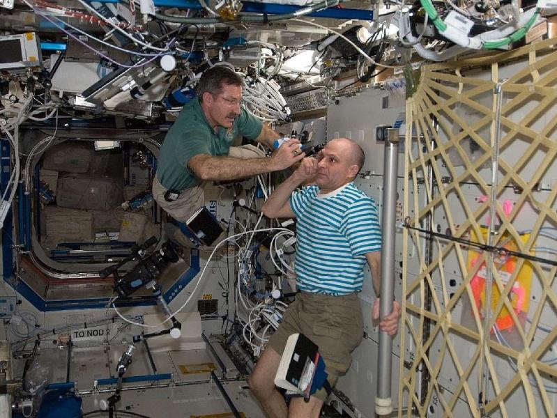 [ISS] Expédition 30: déroulement de la mission - Page 8 Sans_879