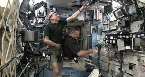 [ISS] Expédition 30: déroulement de la mission - Page 8 Sans_983