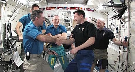 [ISS] Expédition 30: déroulement de la mission - Page 8 Sans_984