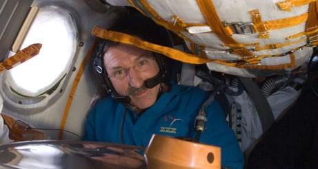 [ISS] Expédition 30: déroulement de la mission - Page 8 Sans_985