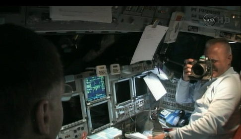[STS-135] Atlantis: Déroulement de la mission.   Sans_t30