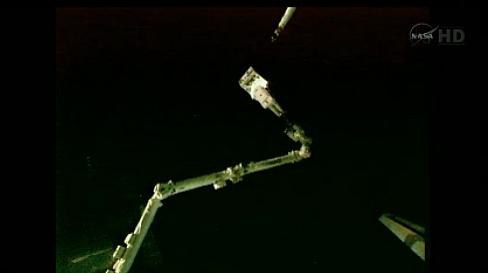 [STS-135] Atlantis: Déroulement de la mission.   - Page 3 Sans_t38