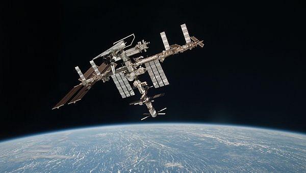 [ISS] L'ISS rejoindra MIR dans le pacifique en 2020. Sans_t94