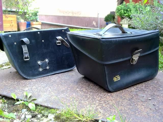 Attention aux serrures des valises YAM - Page 2 Valise10
