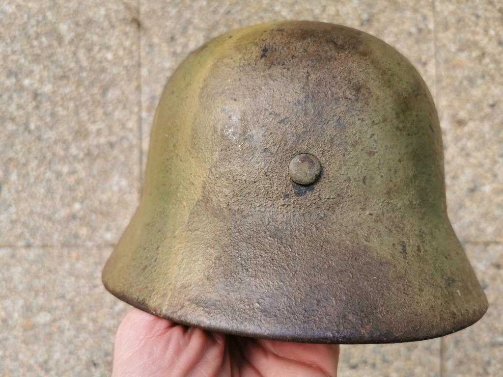 Le petit dernier : casque allemand modèle 35 camo Normandie Img_2022