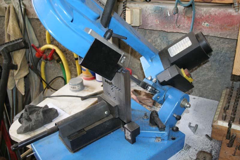 Fabrication d'un appareil à tourner les sphères Sciage10