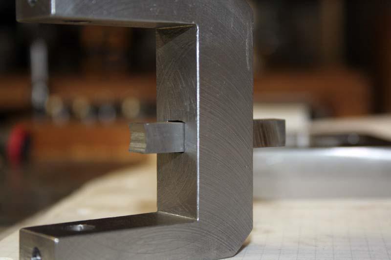 Fabrication d'un appareil à tourner les sphères Trouca11