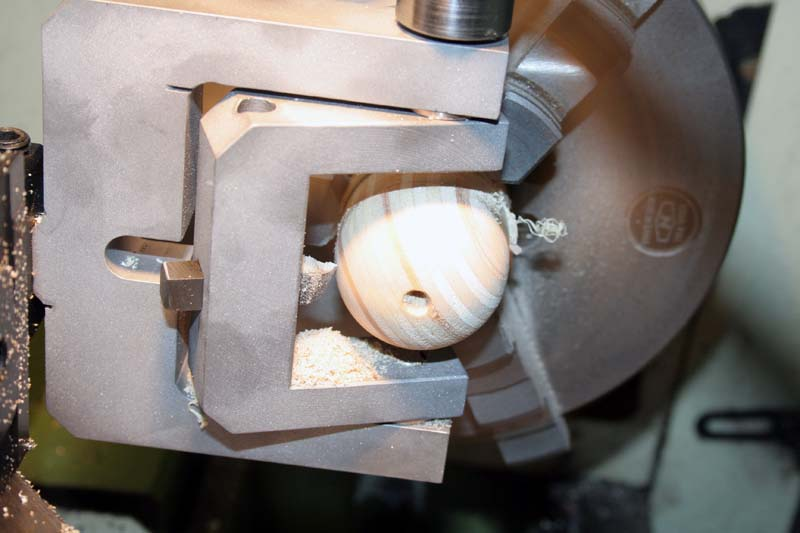 Fabrication d'un appareil à tourner les sphères Usage110