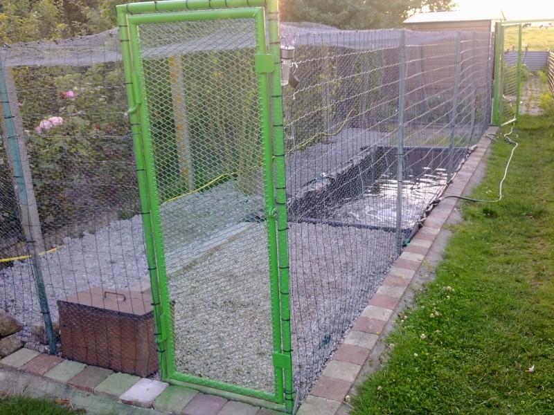 fabrication d un parc  en urgence . 22072010