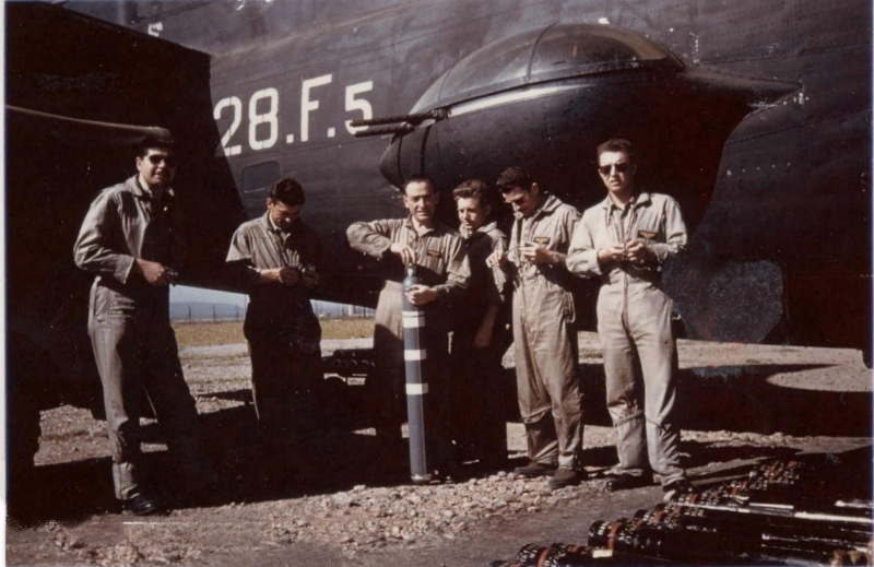 [Les anciens avions de l'aéro] Consolidated PB4Y-2 Privateer - Page 2 Karoub14