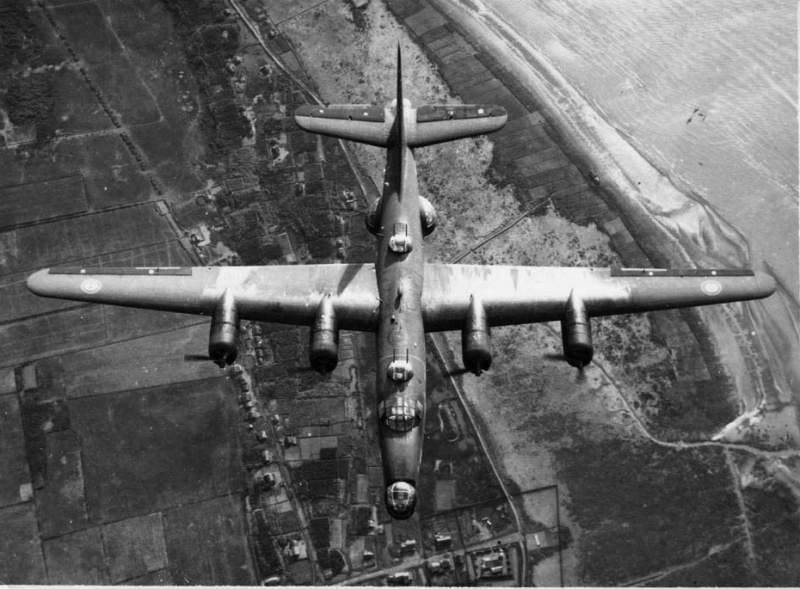 [Les anciens avions de l'aéro] Consolidated PB4Y-2 Privateer - Page 2 Pb4y2_11