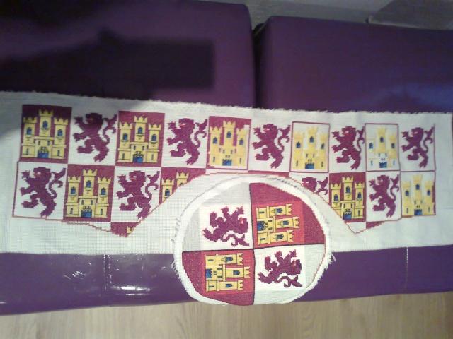 Bonete bordado Heraldica Castellano leonesa Foto0413