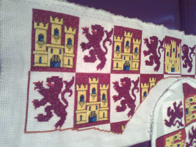 Bonete bordado Heraldica Castellano leonesa Foto0414