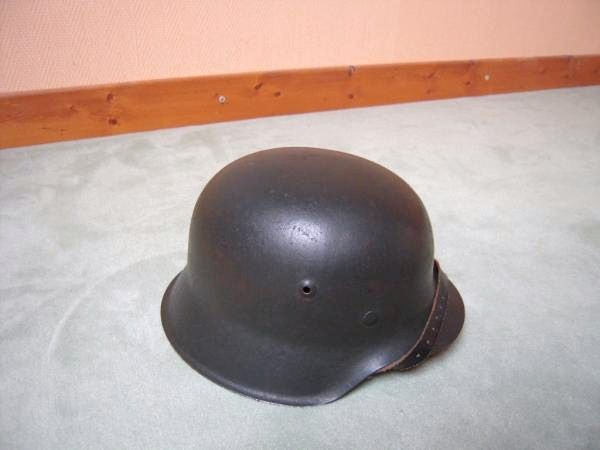 Vos casques allemands WW2... - Page 8 M42_110