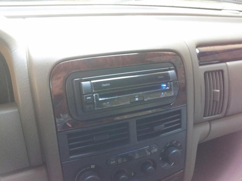 Vends autoradio dvd clarion neuf 20121016