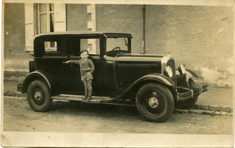 [RETRO]  Photos d'anciennes dans leur environnement - Page 2 19303110