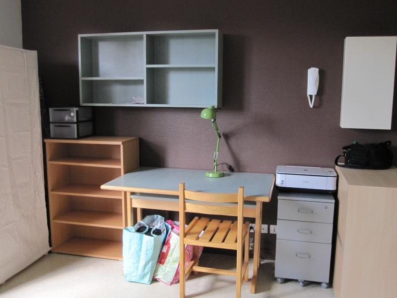 Comment qu'elle est votre chambre? - Page 18 Img_0811