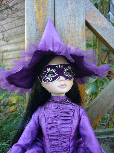La Woefully Bewitching de Corolle 22_oct10