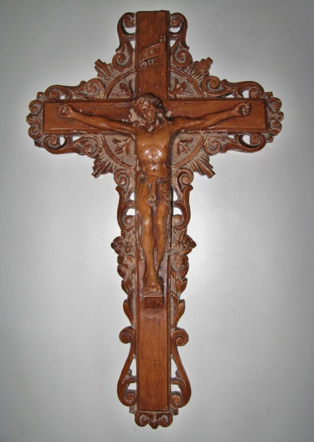 Crucifix Img_3120