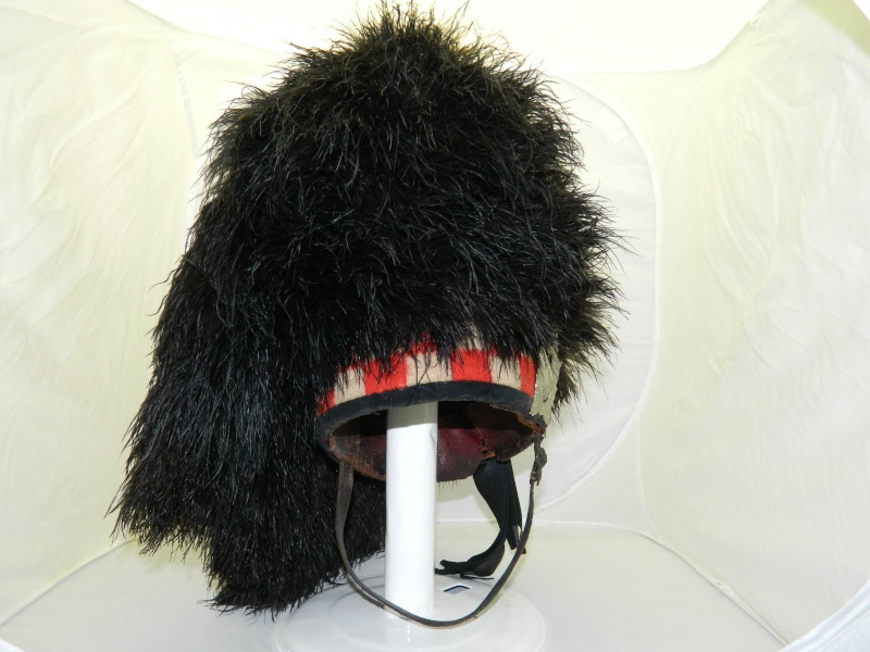 Argyll and Southerland Feather Bonnet Feathe11