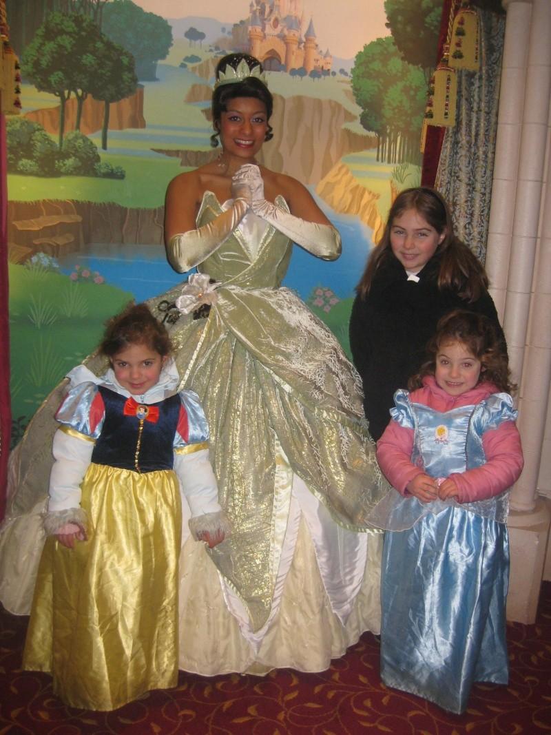 Pavillon des Princesses  photolocation à FantasyLand  - Page 13 Img_0511
