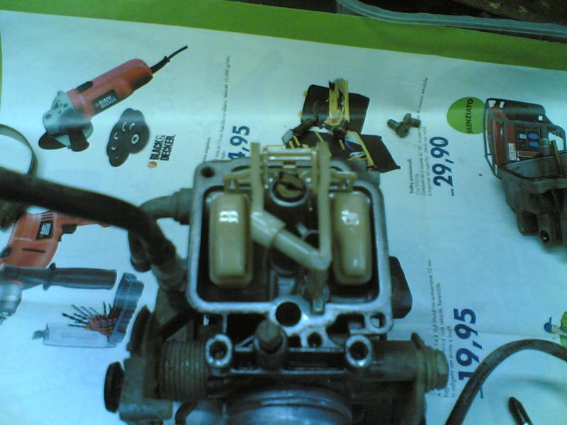 Pulire il carburatore BST 33 21102028