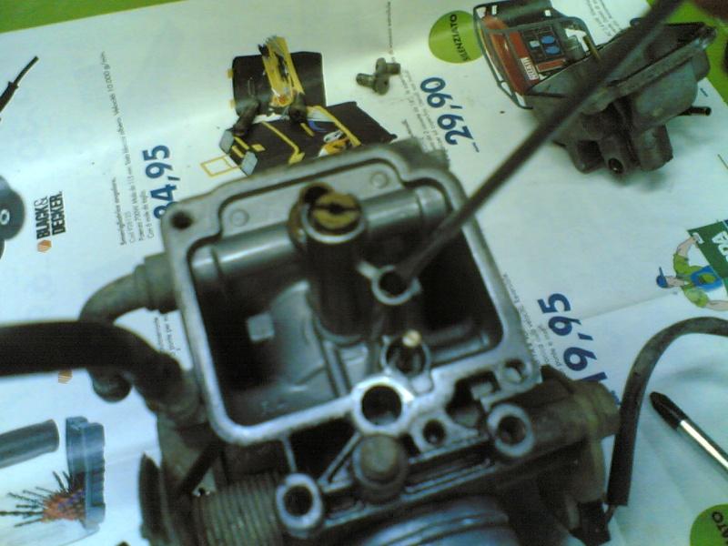 Pulire il carburatore BST 33 21102031